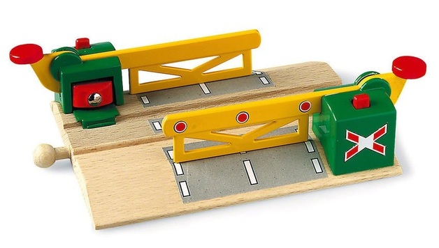 Brio: Railway - Magnetic Action Crossing