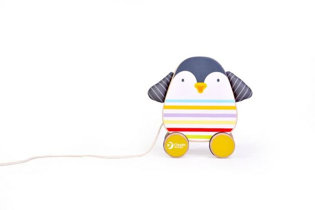 Classic World: Penguin Pull Toy