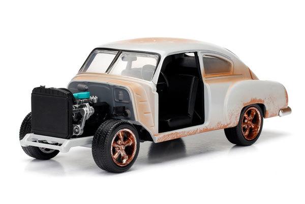 Jada: 1/24 FF8 Dom's Chevy Fleetline Diecast Model