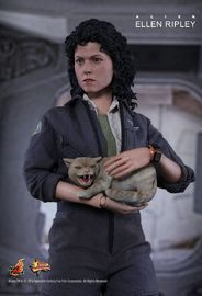 """Alien: Ellen Ripley - 13"""" Figure"""