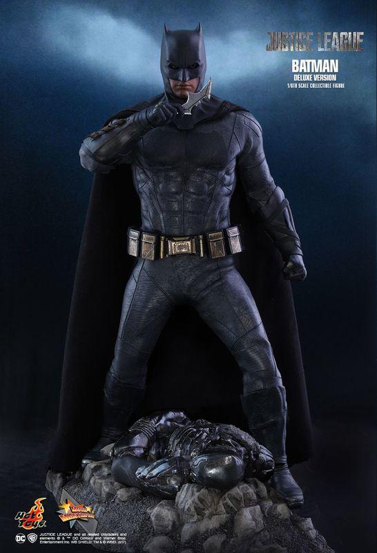 "Justice League - Batman (Deluxe Edition) - 12"" Articulated Figure"