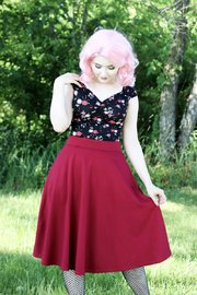 Retrolicious: Charlotte Skirt in Wine - (2XL)