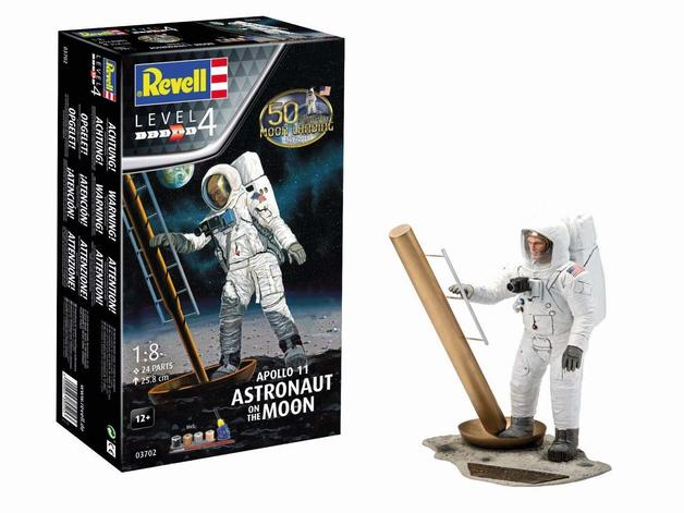 Revell: Astronaut On The Moon - 1:8 Scale Model Kit