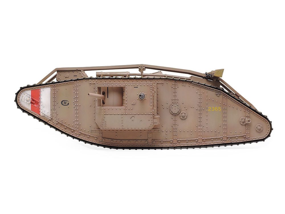 Tamiya 1/35 RC WWI British tank Mark Mk.IV Male (with control unit) image