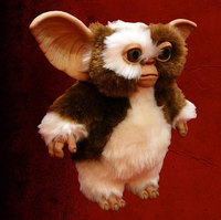 Gremlins: Gizmo Puppet Replica image