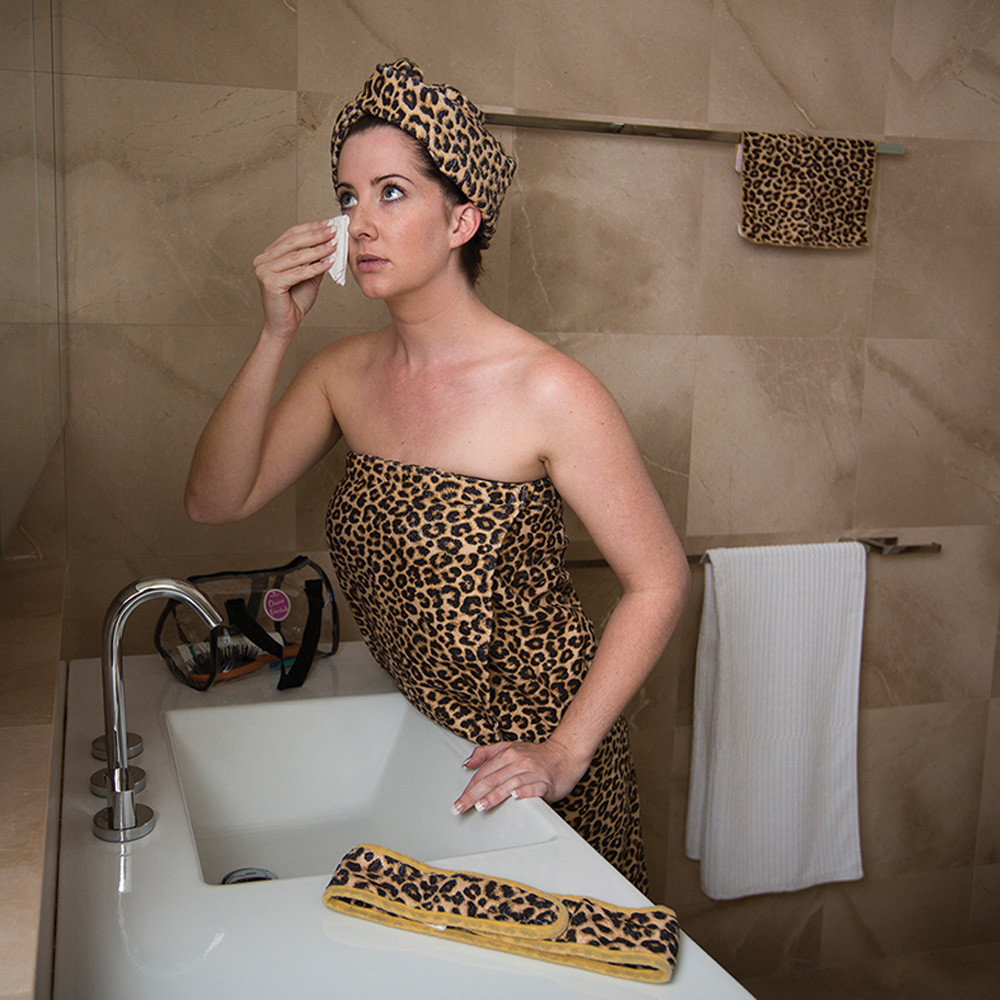 Bambury Pink Leopard Glamour Essential Beauty Pack image