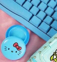 The Creme Shop: Hello Kitty Lip Macaron - Cool as Mint