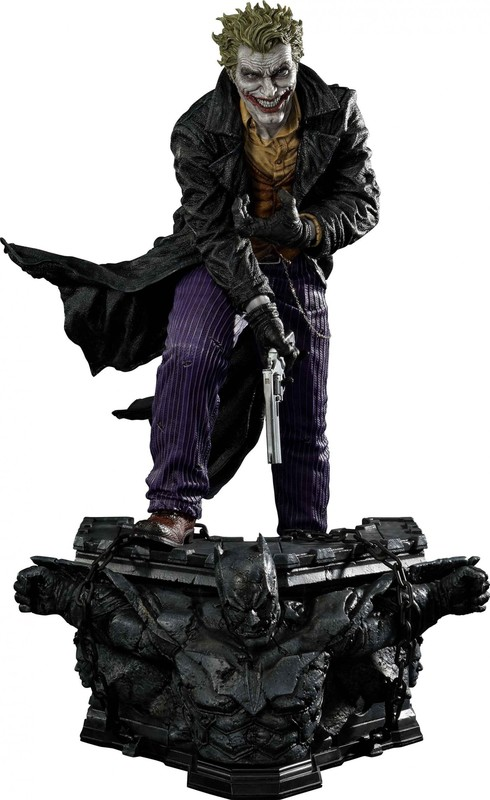 "DC Comics - The Joker - 28"" Premium Statue"