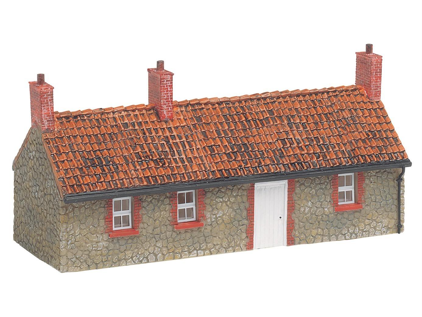 Hornby Fisherman's Cottage 00 Gauge Skaledale Building