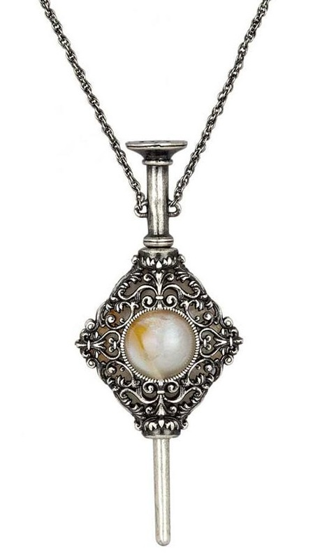 Harry Potter: Replica Necklace - Gellert Grindelwald's Pendant