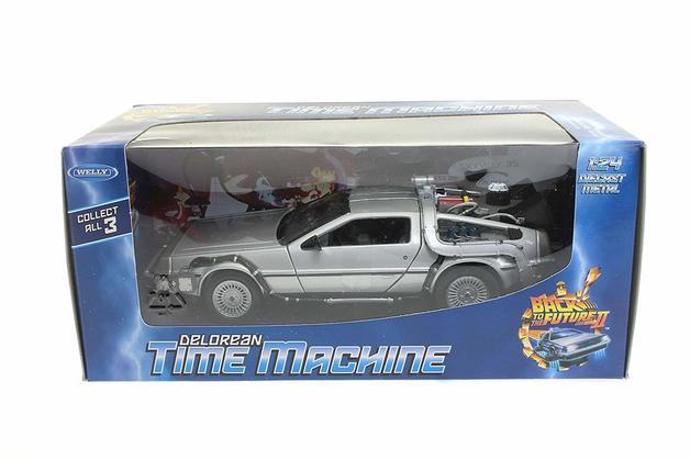 Back To The Future 2 - DeLorean 1:24 Scale Die-Cast Car Replica