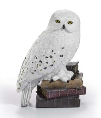 Harry Potter: Magical Creatures Diorama - Hedwig (No.1) image