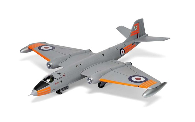 Airfix: 1:48 English Electric Canberra B2/B20 231Squadron OCU RAF
