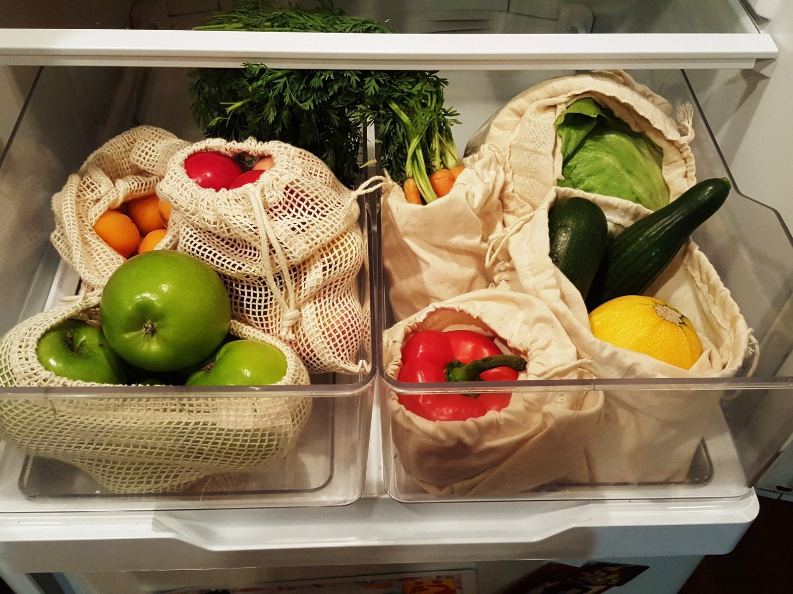 Large 4-Pack Reusable Produce Bags image