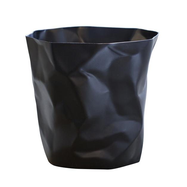 Essey: Bin Bin - Black