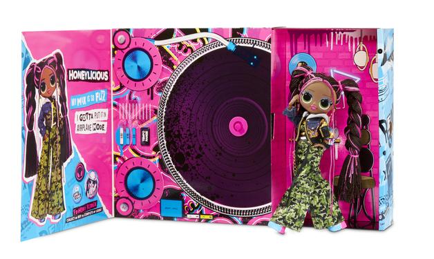 LOL Surprise!: O.M.G Remix Dolls - Honeylicious