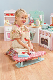 Le Toy Van: Ironing Board Play Set