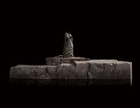 The Hobbit: Palantír Courtyard: Dol Guldur - Environment Statue