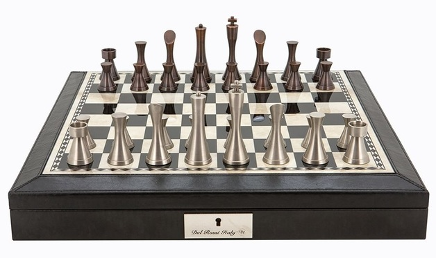 "Dal Rossi: Contemporary Metal - 18"" Chess Set (PU Black)"