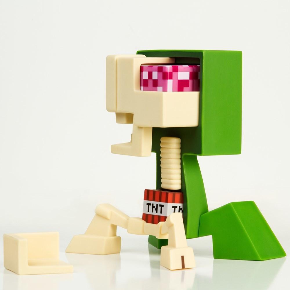 Minecraft Creeper Anatomy Deluxe Vinyl Figure   at Mighty Ape NZ
