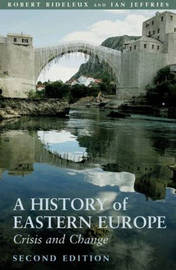 A History of Eastern Europe by Robert Bideleux image
