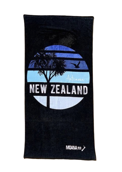 Moana Road: Beach Towel - Blue Skies