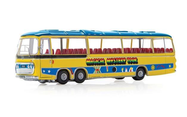 Corgi: 1/76 The Beatles: M M Tour Bus - Diecast Model