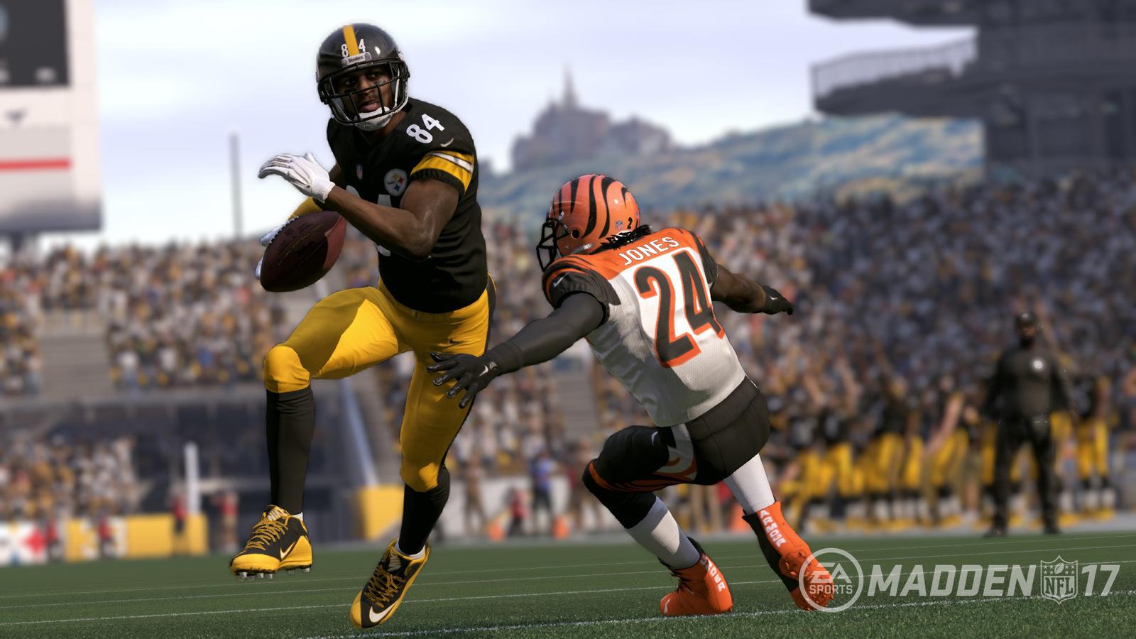 Madden NFL 17 for Xbox 360 image