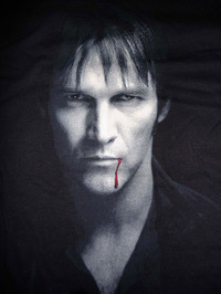 True Blood: Bill Compton Portrait T-Shirt - Medium