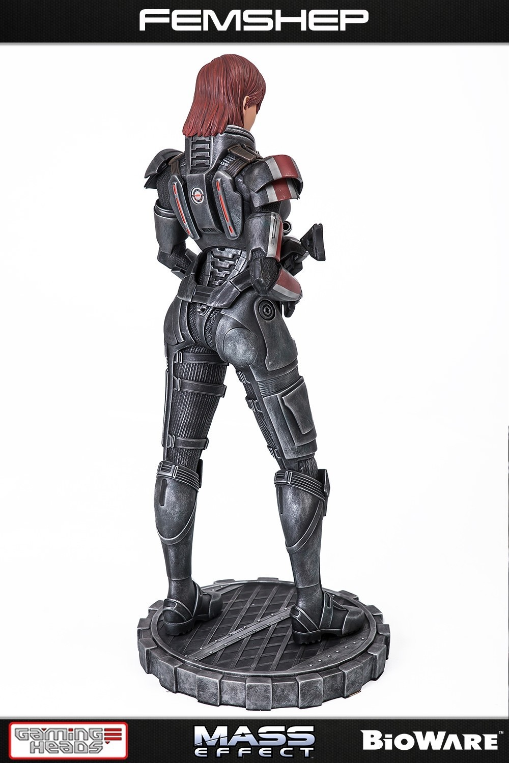 "Mass Effect: Femshep - 20"" Collectors Statue image"