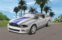 Revell 1/24 2014 Ford Mustang Gt Scale Model Kit