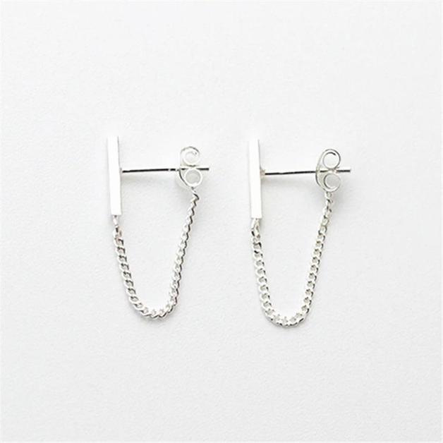 Katy B Jewellery: Chain bar earrings - Silver