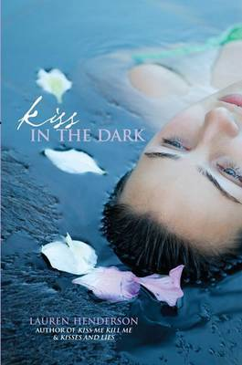 Kiss in the Dark by Lauren Henderson image