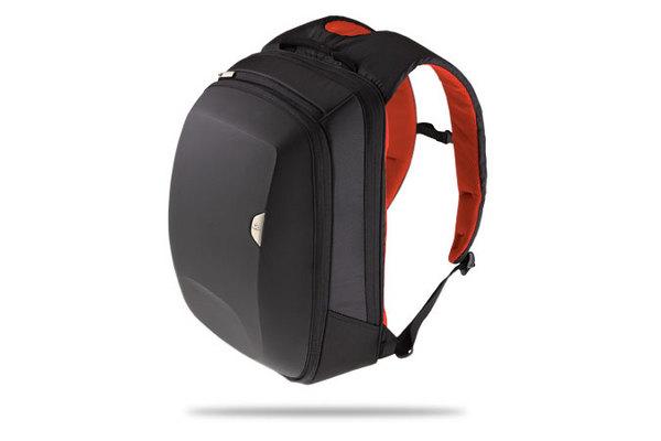 Logitech KINETIK 15.4 Backpack image
