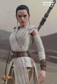 "Star Wars: The Force Awakens - 12"" Rey & BB-8 Figure Set image"