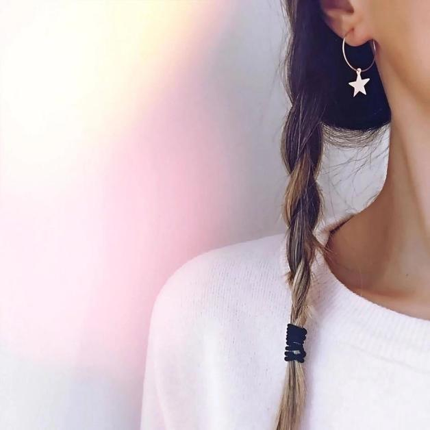 Katy B Jewellery: Star hoop earrings - Gold