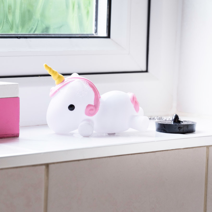Colour Changing Unicorn Bath Plug image