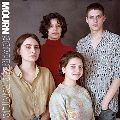 Sorpresa Familia by Mourn