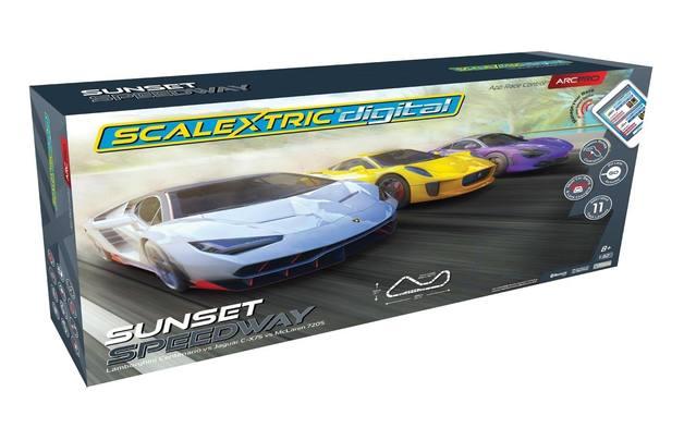 Scalextric: ARC PRO Sunset Speedway Set