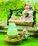 Sylvanian Families - Ornate Garden Bench & Fountain