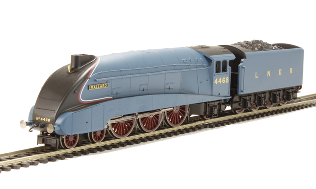 Hornby: RailRoad LNER 4-6-2 'Mallard' A4 Class