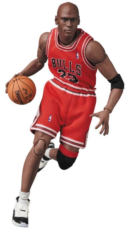 Michael Jordan (Chicago Bulls) - MAFEX Action Figure