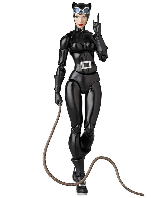 Cat Woman - MAFEX Action Figure