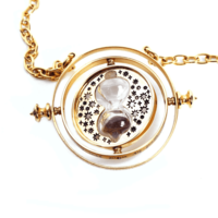 Harry Potter: Hermione's Time Turner - Prop Replica image