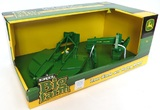 John Deere: 1:16 Accessory Set - Rear-blade with rotary mower