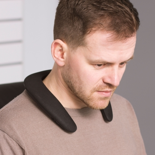 Thumbs Up!: Audiowave Wearable Neck Speaker - Black image