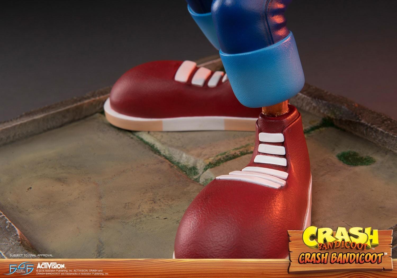 "Crash Bandicoot - 16"" Replica Statue image"