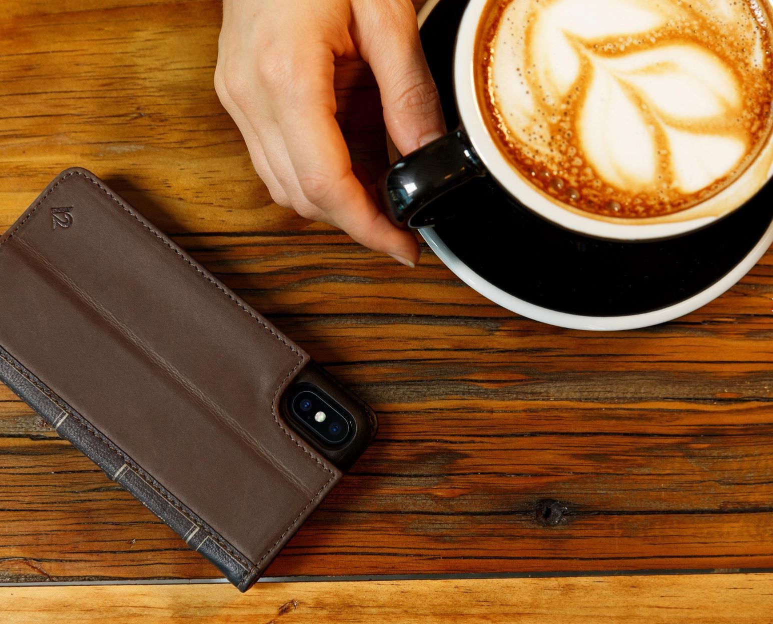 TWELVE SOUTH BookBook for iPhone X/XS (Brown) image