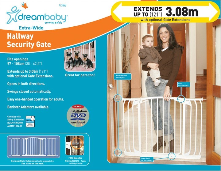 Dream Baby Chelsea Hallway Safety Gate White Images At Mighty Ape Nz