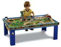 Thomas & Friends Wooden Railway - Wood Table & Play Board
